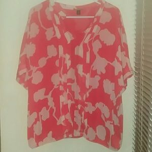 Dana Buchman Red and White Floral Blouse XL